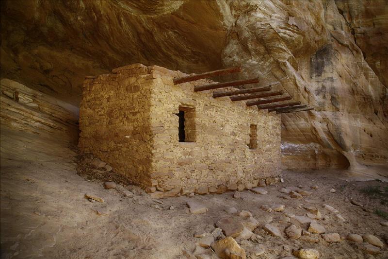 Doll House Anasazi Ruin Cedar Mesa Hiking